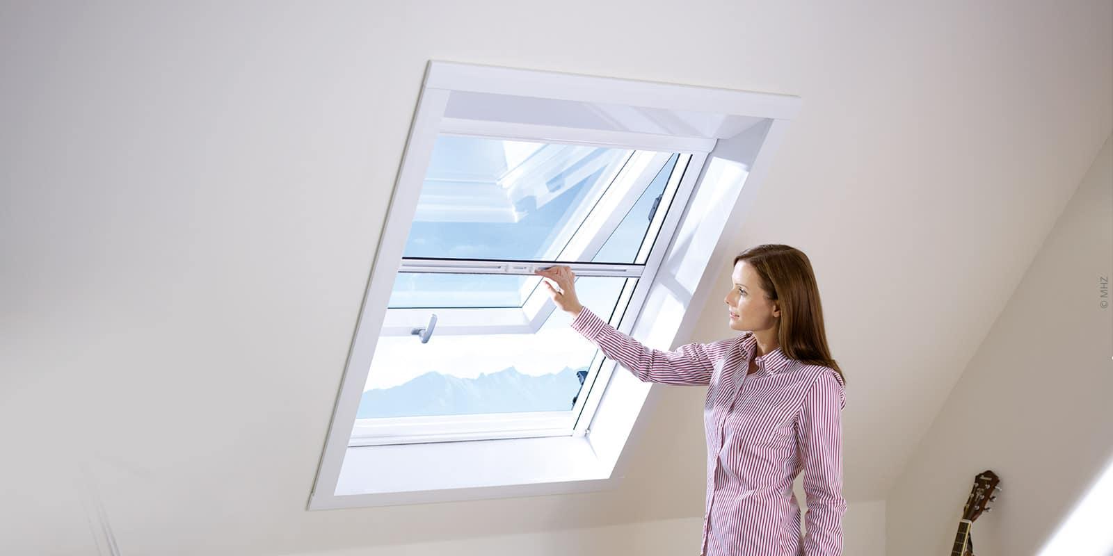 Insektenschutz-Rollos für Dachfenster