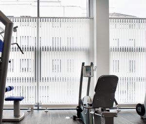 Vertikal-Jalousien als Sichtschutz statt Vorhängen